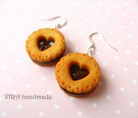 Realistic cookie earrings with chocolate filling